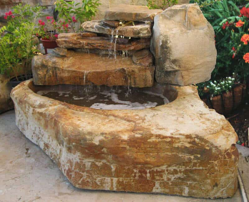 Small waterfalls ricorock inc for Cascadas de agua artificiales para jardin