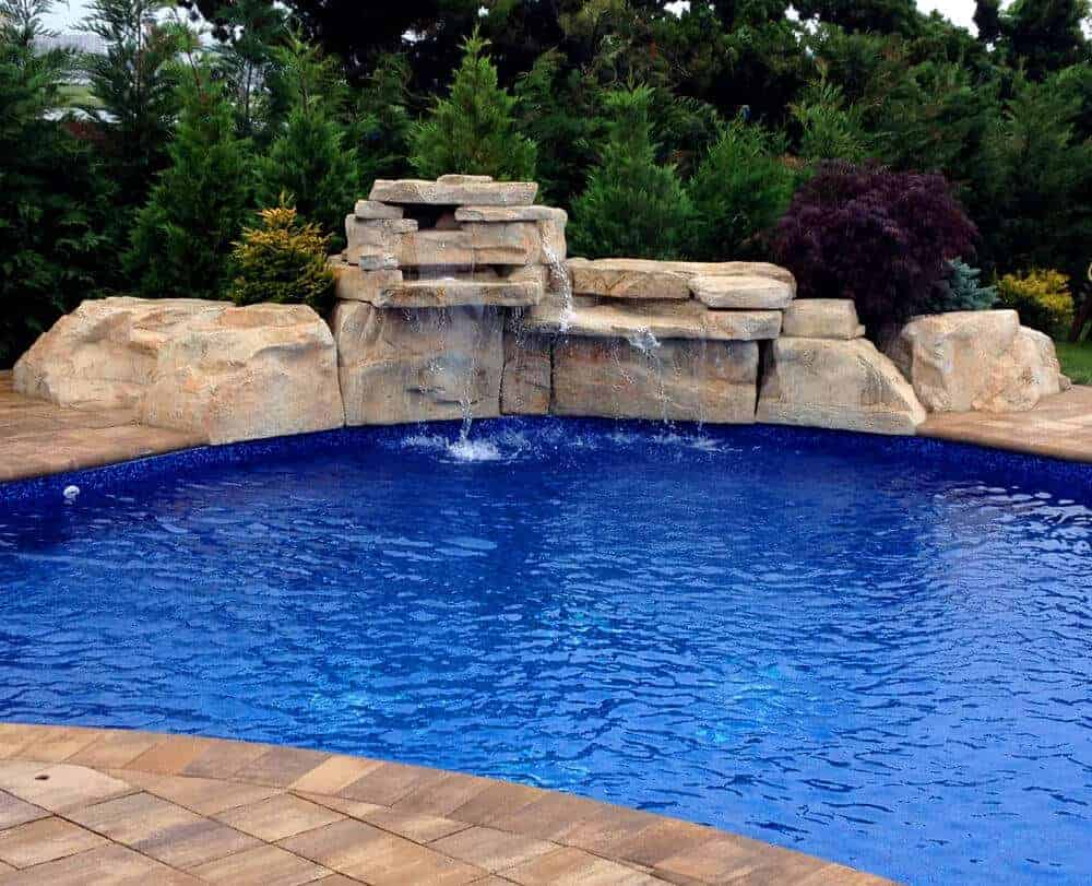 Ricorock waterfall in long island ny ricorock inc for Cascadas para jardin piedra