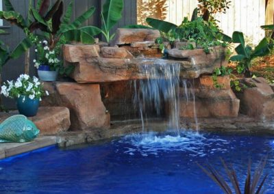 Dolphin Pools, LA