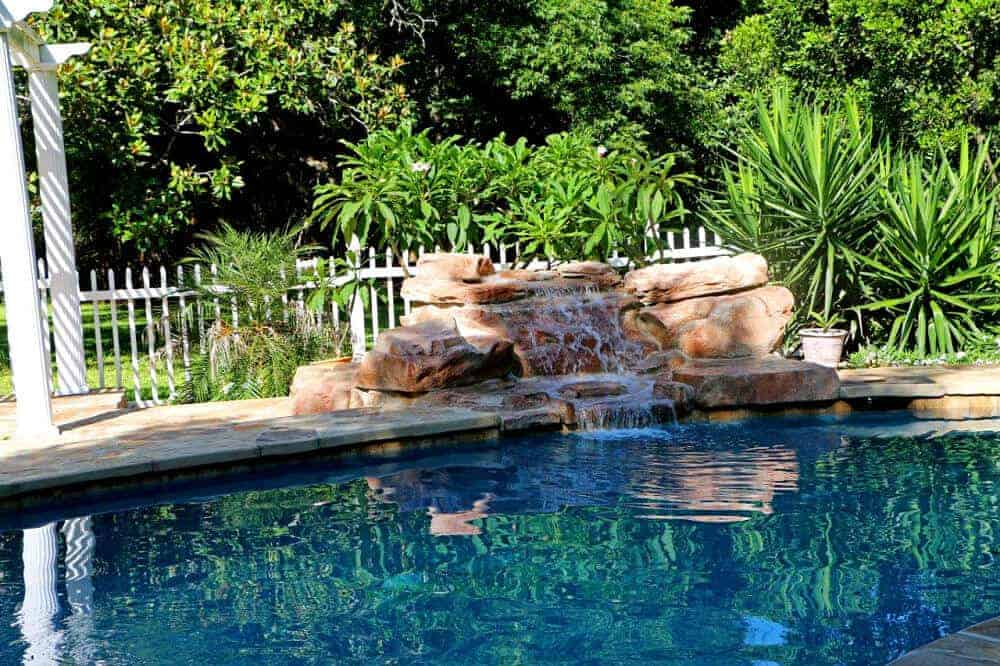 Refreshing Pools Amp Spas Rico Rock Waterfalls For