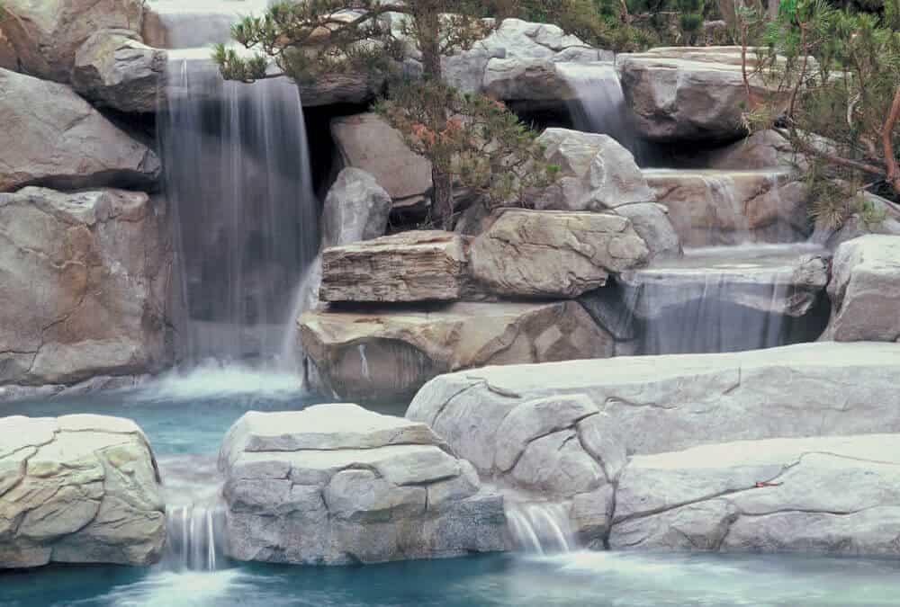 Remembering Hugh Hefner, Pool Innovator