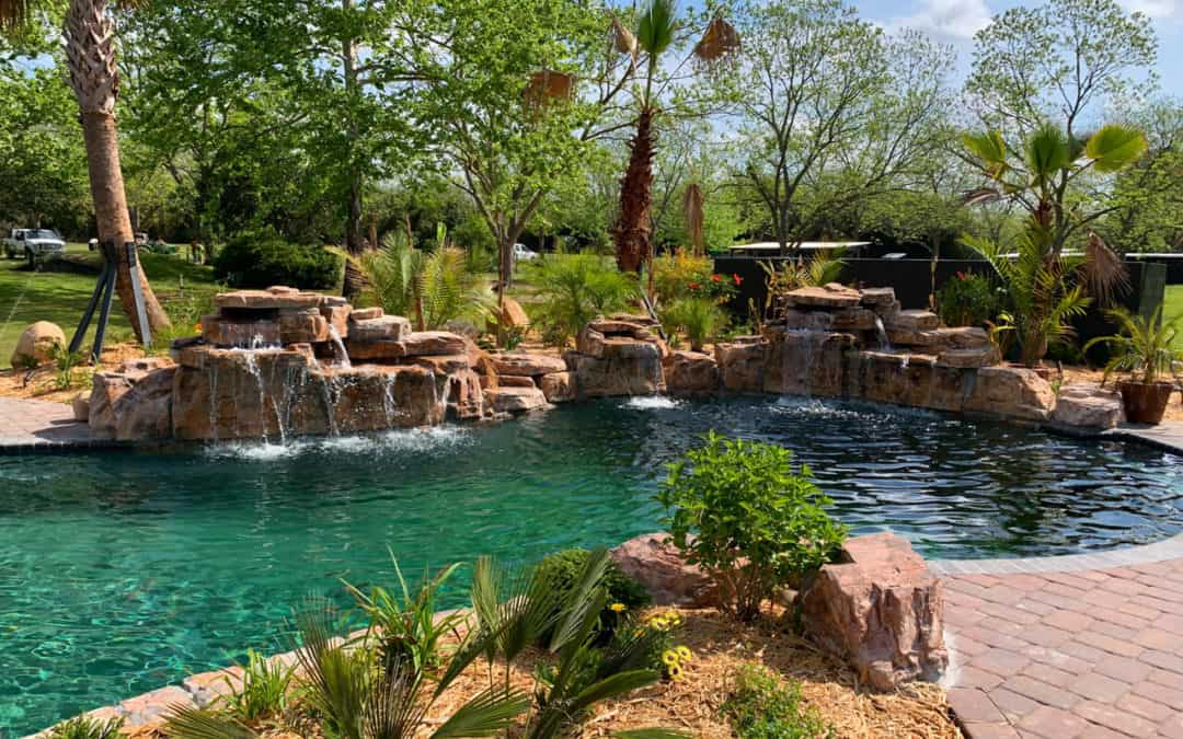 Backyard Oasis in Georgia featuring RicoRock Waterfalls