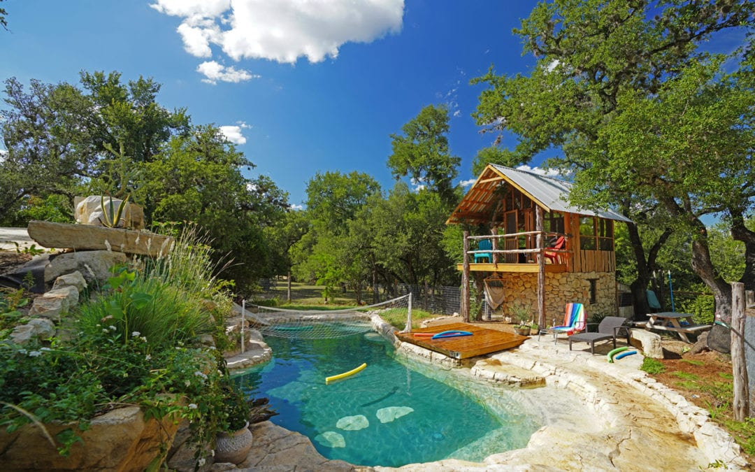 Treehouse with Pool Cave: The Ultimate Pool Idea for Backyards
