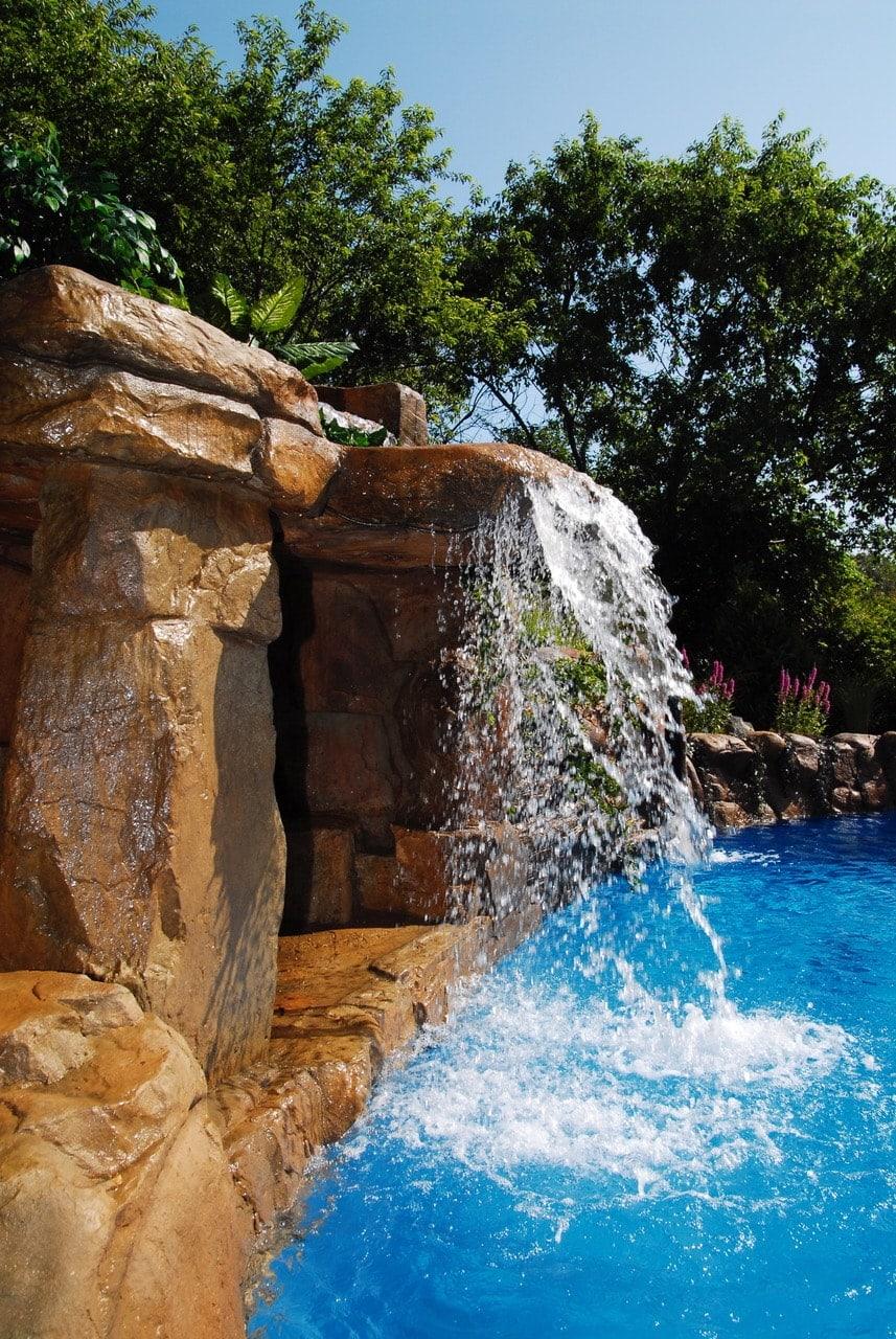 Ingrassia backyard pool011